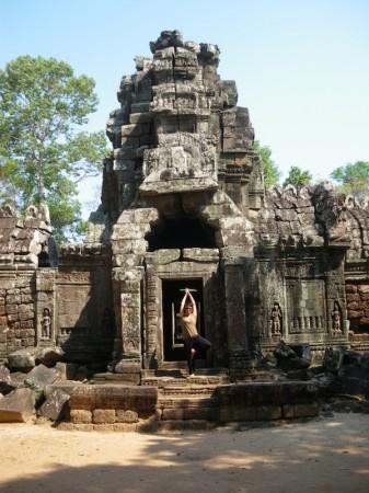 yoga-temple-angkor-cambodge