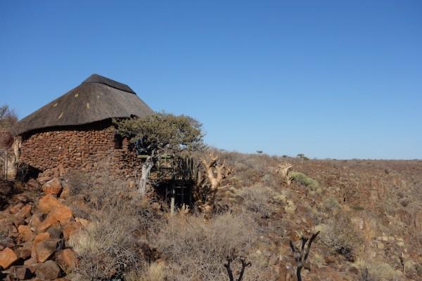 namibie77-etendeka-damaraland